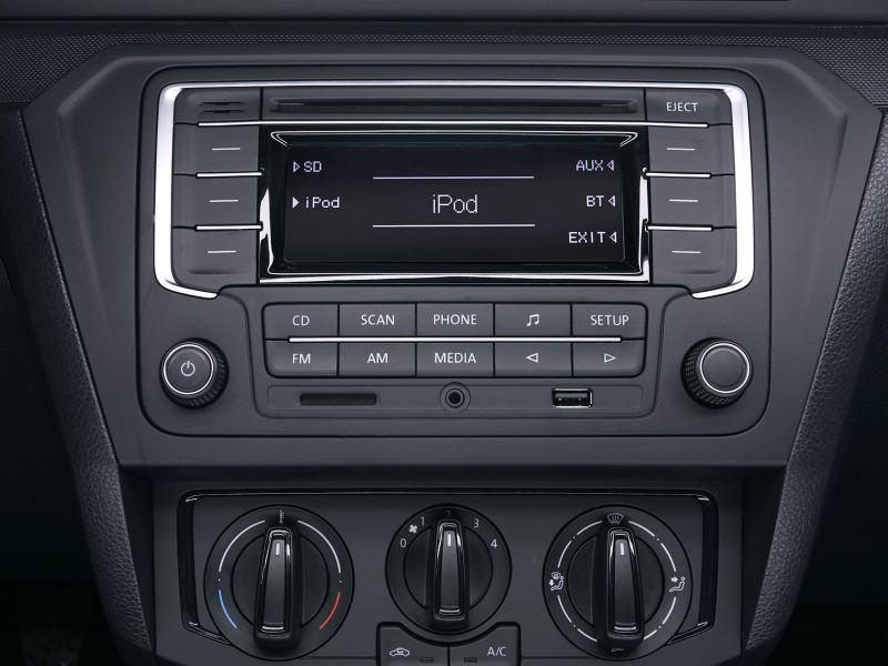 Radio con iPhone controller y Bluetooth en el Nuevo Gol de Volkswagen
