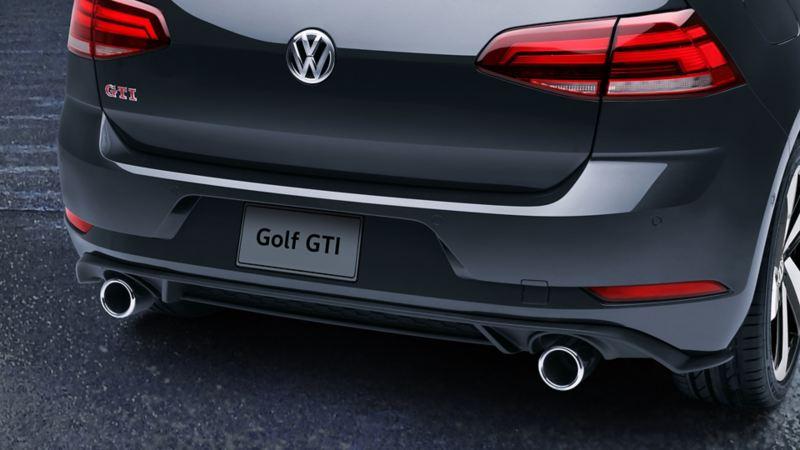 Placa trasera de Golf GTI de Volkswagen con doble salida deportiva cromada