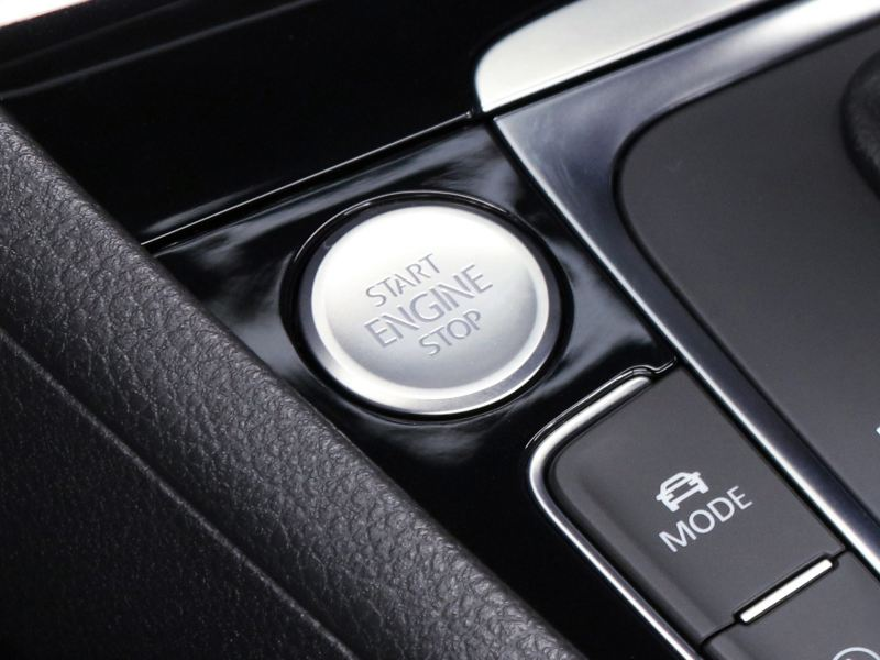 Sistema Keyless Access con botón Push to Start equipado en Golf GTI 2020 de Volkswagen