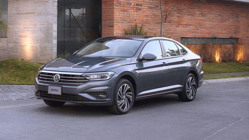 El nuevo diseño exterior del al automóvil sedán familiar Jetta de Volkswagen México
