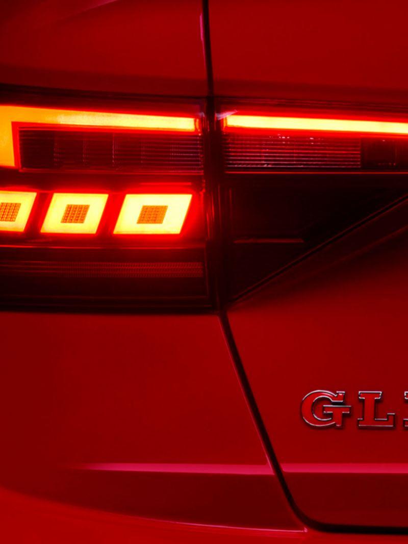 Calaveras traseras en tecnología LED de Jetta GLI 2021