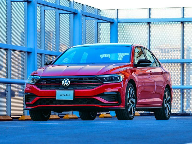 Jetta GLI 2021 Volkswagen - Auto equipado con suspensión deportiva para mayor estabilidad