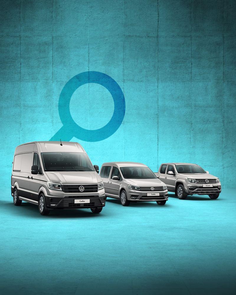 Range mit Transporter, Crafter, Caddy und Amarok vor einem Lupensymbol.