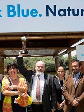 Premiación de Mtro. Enrique Jardel como ganador de Por Amor  a México de Volkswagen