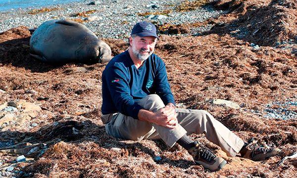 Dr. Alfonso Aguirre ganador de Por Amor a México por conservación de mares, costas e islas
