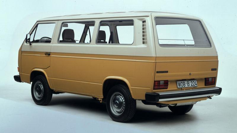 Volkswagen T3 Folkabuss gul bakifrån