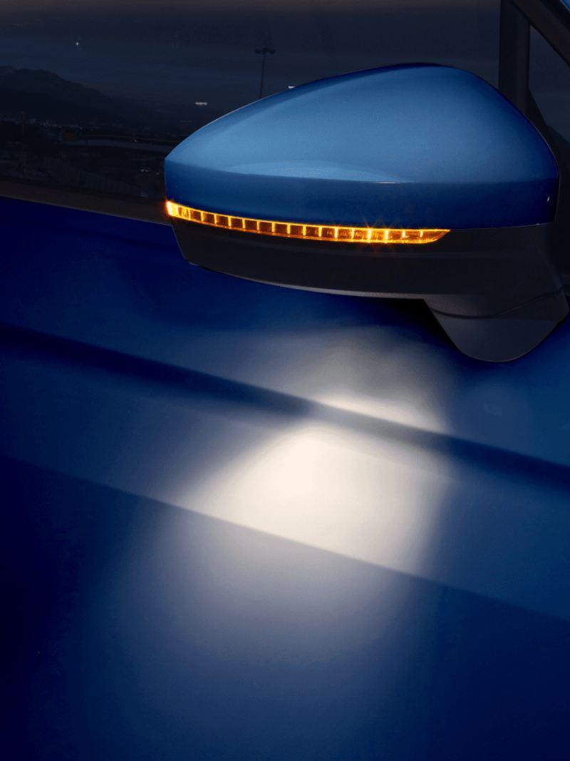 Espejos laterales con luz ambiental del Tiguan 2021 de Volkswagen