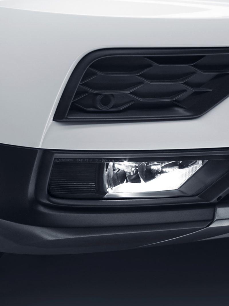 Faros para niebla en parte frontal del SUV Tiguan 2020 de Volkswagen