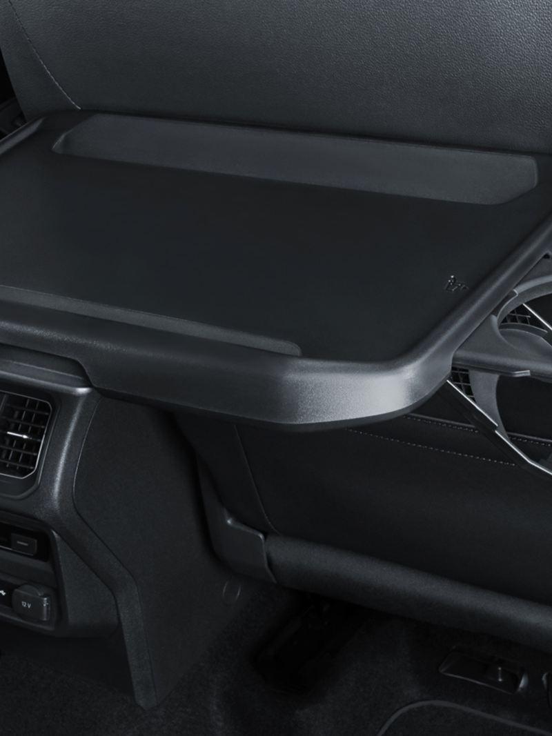 Mesa con portavasos para asientos traseros de Tiguan 2021, el SUV familiar de Volkswagen