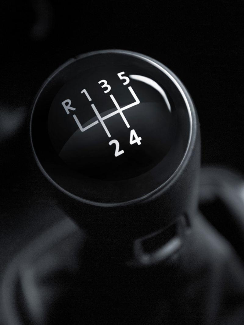 Aprender a manejar un carro estándar - Tips Volkswagen