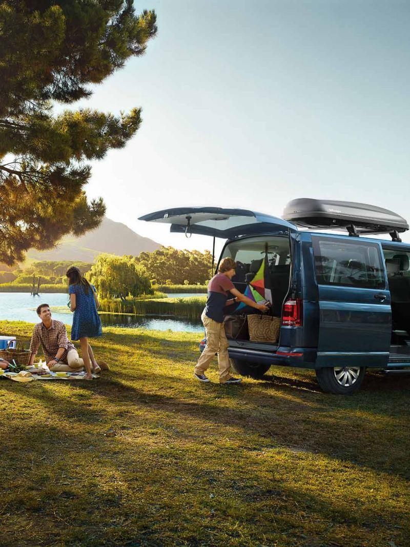 VW caravelle på picknick
