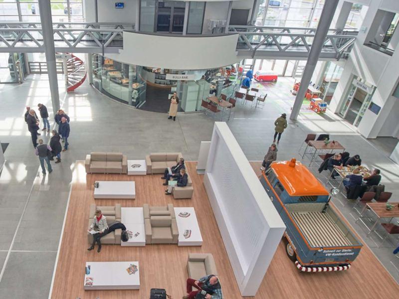 Die Halle des Kunden Center in Hannover aus der Vogelperspektive