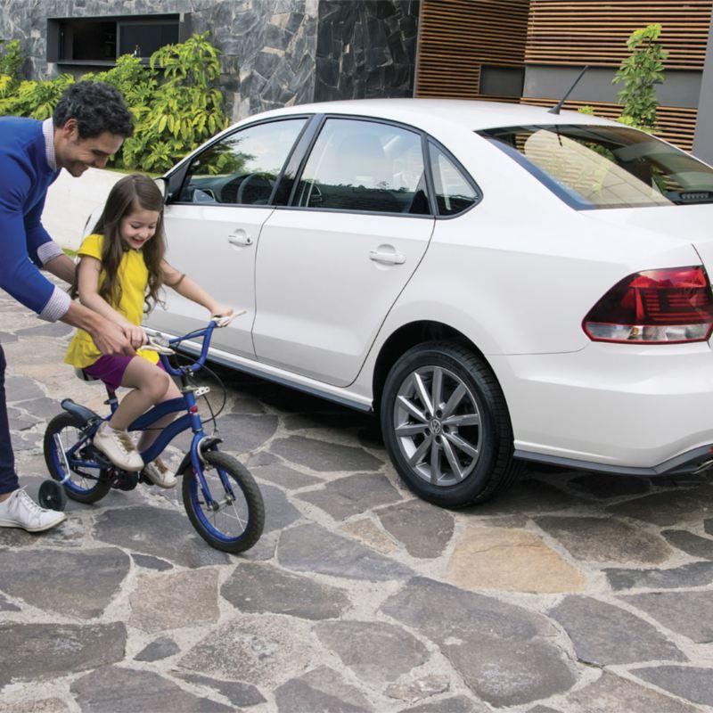 Vento 2021 - El mejor auto familiar con seis bolsas de aire y rendimiento de gasolina