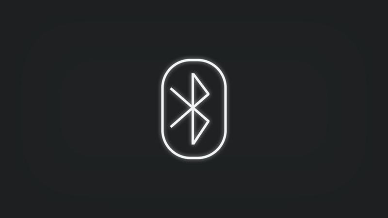 Kontrollleuchte mit Bluetooth Symbol leuchtet weiss
