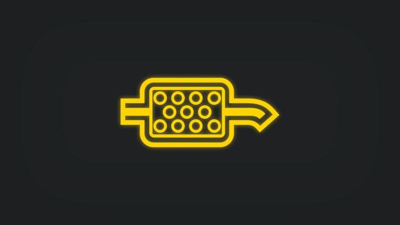 Kontrollleuchte mit Dieselpartikelfilter in Auspuff leuchtet gelb