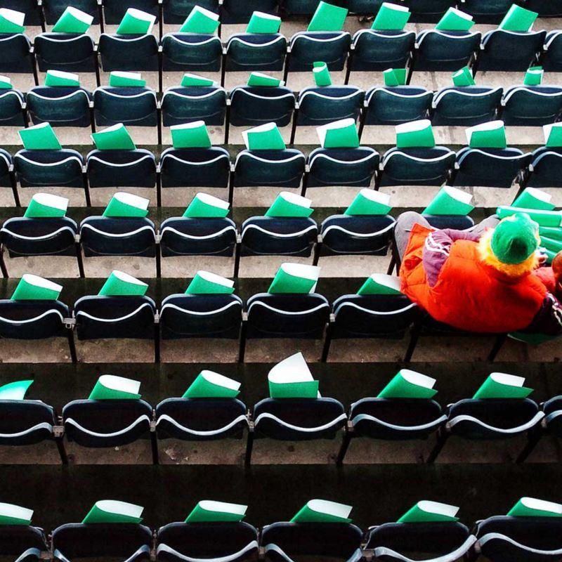 Leere Stadionplätze