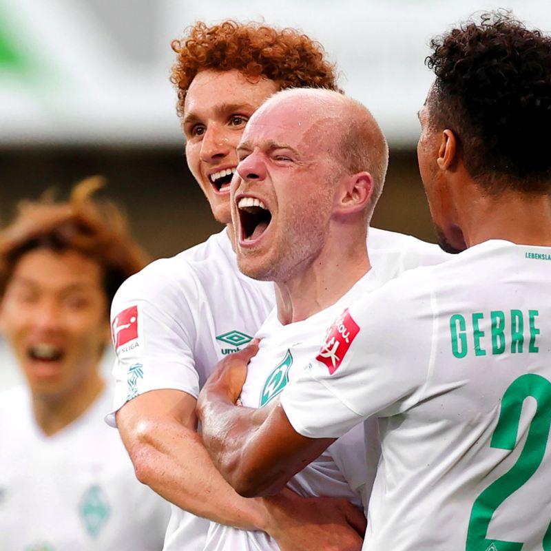 Spieler von Werder Bremen nach einem erzielten Tor