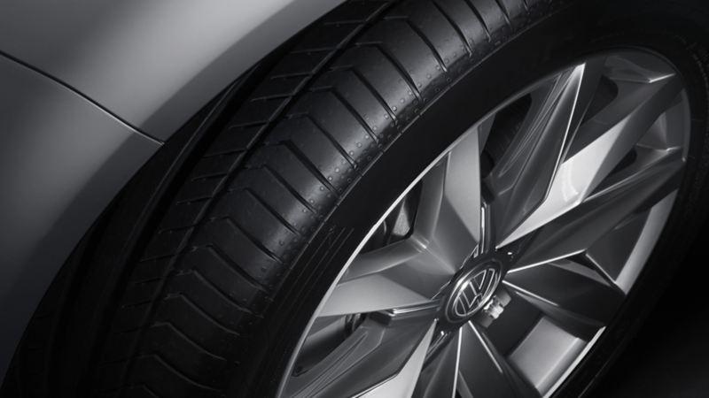 Närbild på VW fälg
