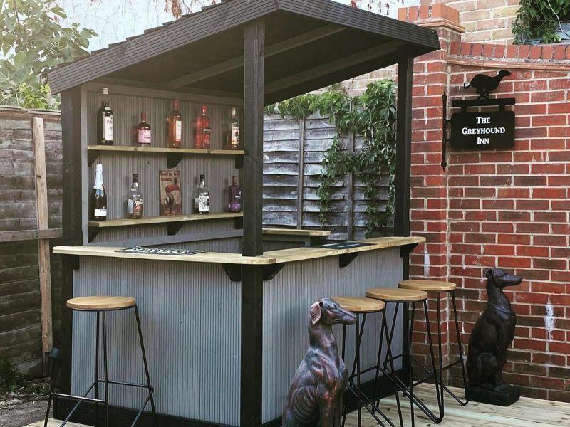 Decking garden bar