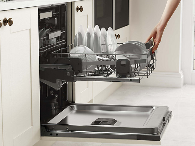 ComfortLift® dishwashers