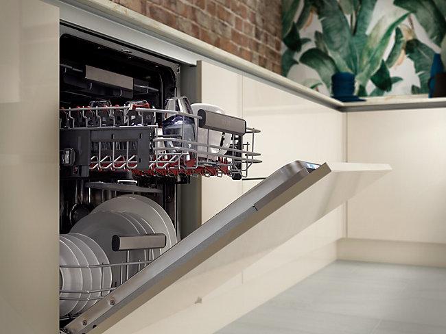 Standard 60cm dishwashers