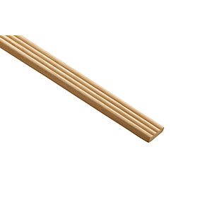 Wickes Light Hardwood Reed Moulding - 21mm x 6mm x 2.4m