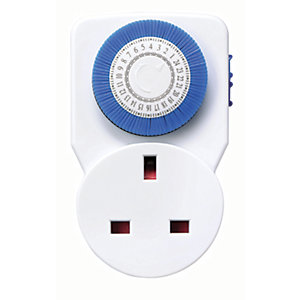Masterplug White Compact Mechanical Timer Socket with Manual Override