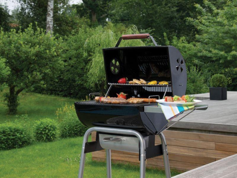 BBQs & Fire Pits