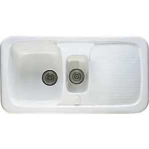 Wickes Ceramic Farmhouse 1.5 Bowl Sink - White