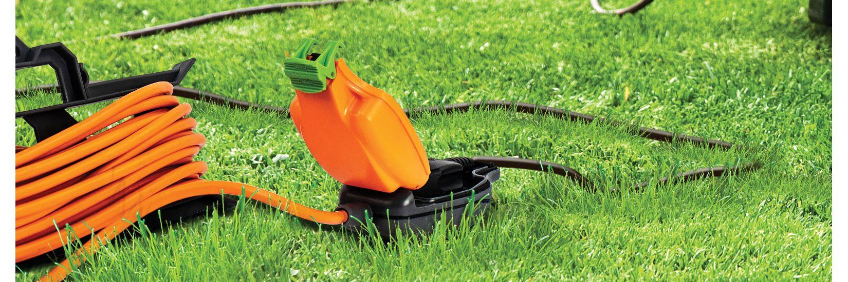 Masterplug Weatherproof Garden Extension Lead 15m