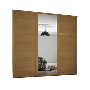 Spacepro 762mm Oak Shaker frame 3 panel & 1x Single panel Mirror Sliding Wardrobe Door Kit