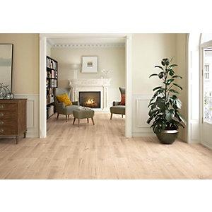 Wickes Maine Light Oak Wood Effect Porcelain Wall & Floor Tile - 225 x 900mm