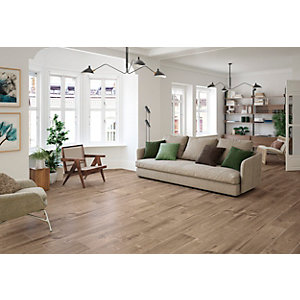 Wickes Maine Oak Wood Effect Porcelain Wall & Floor Tile - 225 x 900mm