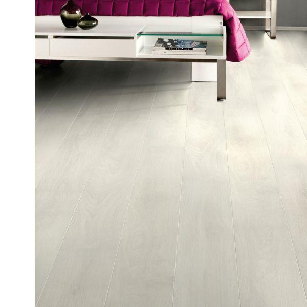 Aspen Light Oak Laminate Flooring 2.22m2 Pack