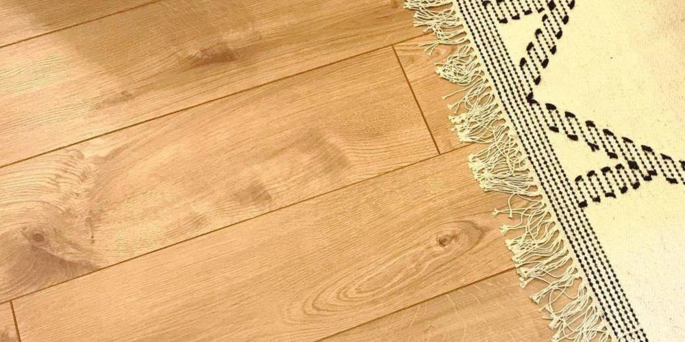 Wickes Navelli Light Oak Laminate Flooring - 1.48m2 Pack