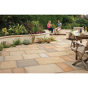 Marshalls Sawn Versuro Smooth Golden Paving Slab 275 x 275 x 22 mm - 7.56m2 pack