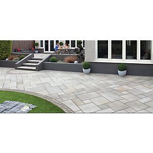 Marshalls Sawn Versuro Smooth Silver Paving Slab 275 x 560 x 22 mm - 18.5m2 pack