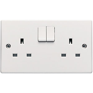 Schneider Ultimate 13 Amp Double Pole Twin Switched Socket - White
