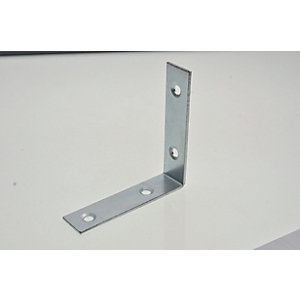 Wickes 63mm Zinc Plated Angle Bracket Pack 4