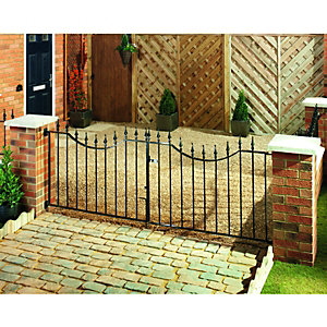 Wickes Windsor Steel Driveway Gate Black - 2438 x 925 mm