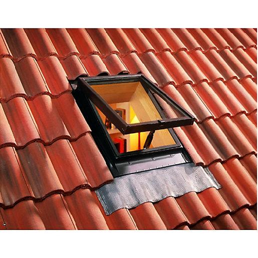 Wickes Pine Top Hung Skylight - 550 x