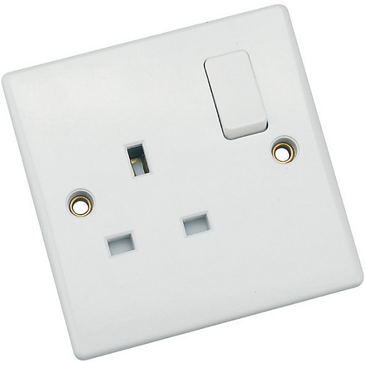 Schneider Ultimate 13A Double Pole Single Switched Socket
