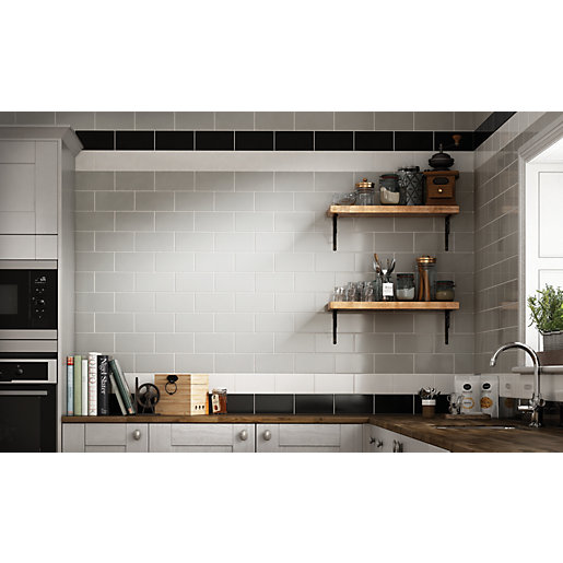 Wickes Cosmopolitan Black Ceramic Wall Tile - 200