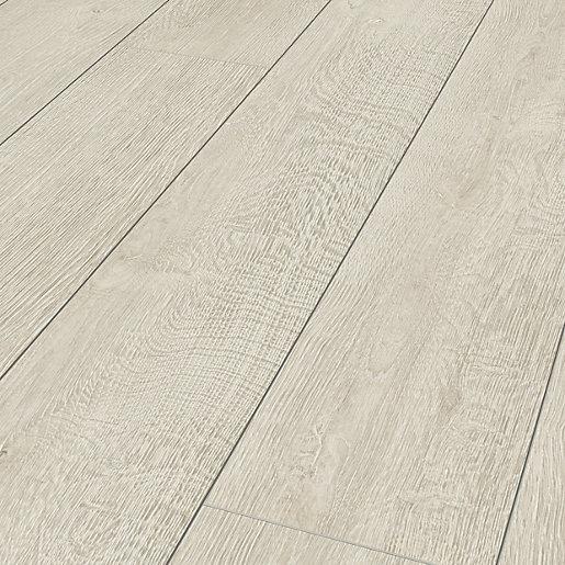 Albero White Oak Laminate Flooring 1, Smooth Laminate Flooring