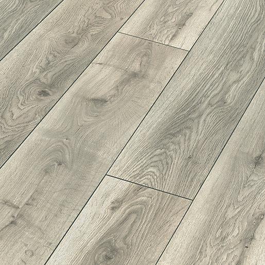 Castleton Grey Oak Laminate Flooring, Grey Laminate Flooring Wickes
