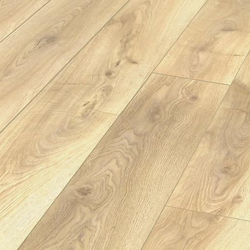 Clovelly Light Oak Laminate Flooring, Light Laminate Flooring