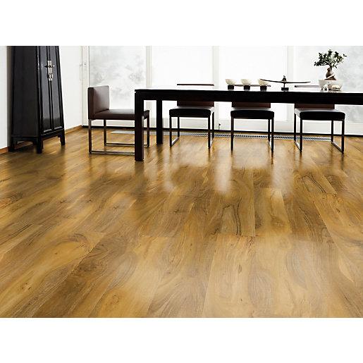 High Gloss Medium Oak Laminate Flooring -2.19m2