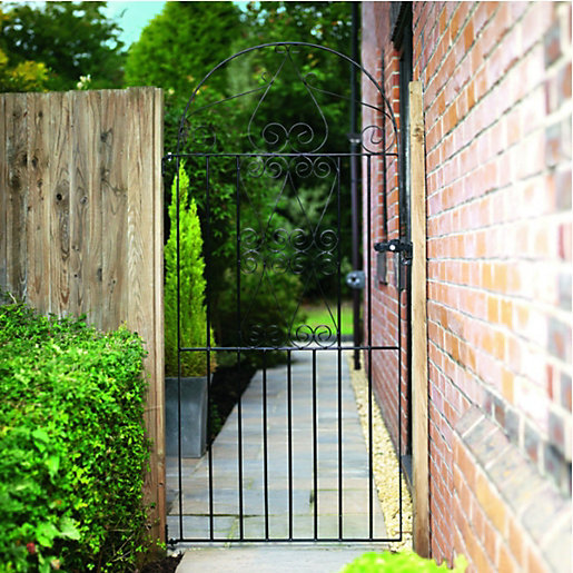 Wickes Chelsea Bow Top Steel Gate Black -