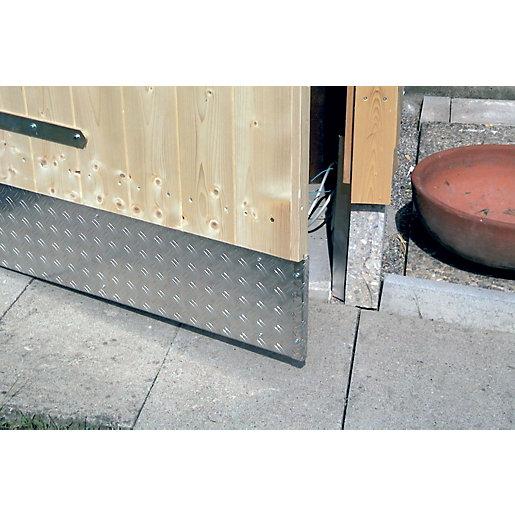 Wickes Metal Sheet Aluminium Checkerplate - 300 x