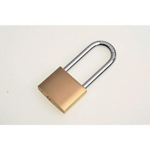 Wickes Long Shackle Padlock - Brass 40mm